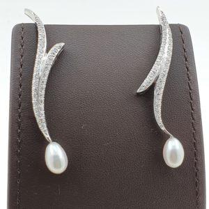 Boucles d'oreille – Diamant et perle de culture