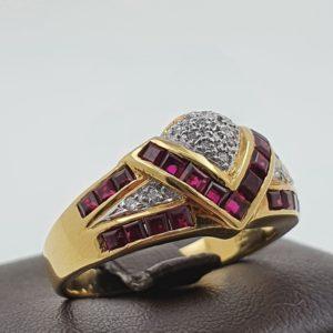 Bague Couronne – Or – Rubis – Diamant